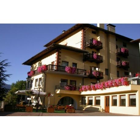 Hotel CORONA*** - Carano